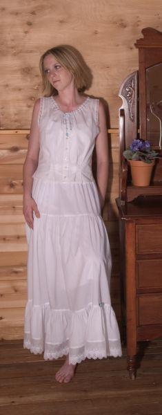 www.cattlekate.com store womans-western-wear undergarments-sleepwear petticoat-white