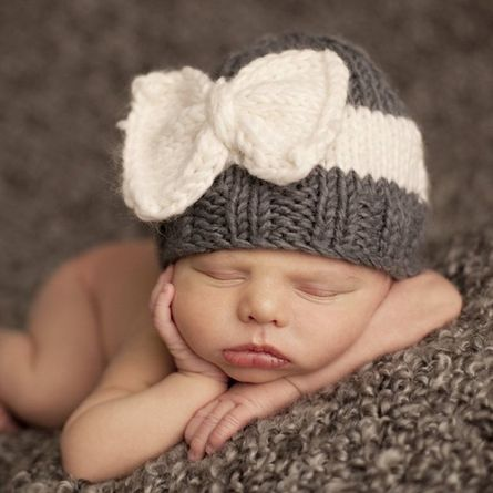 Sabrina Bow Infant Hat, Hats & Headbands- I need this pattern!