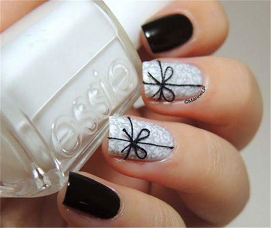 20 Winter Black Nail Art Designs Ideas   http://www.meetthebestyou.com/20-winter-black-nail-art-designs-ideas/
