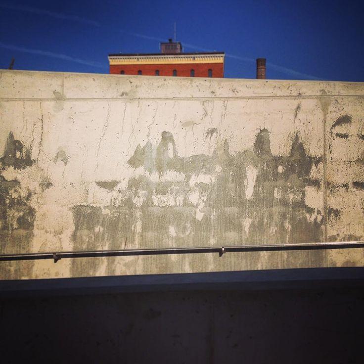Hydropolis / ART FM #hydropolis #hydropoliswroclaw #urbanabstraction #concreate #archdaily #wroclovers #architect #M2NH #archilovers #architektura #architecturelovers #architecturephotography #wrobiektyw #igerswroclaw #minimalism #minimal #archspotting #urbanabstraction