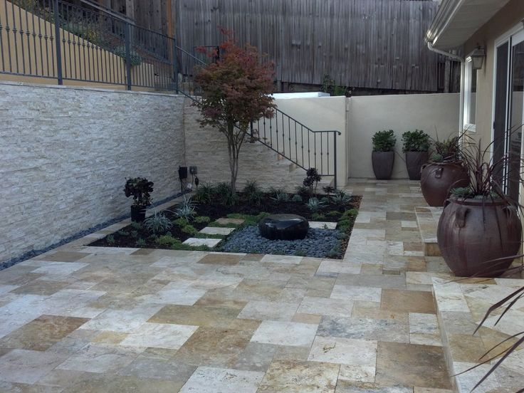 Classy Stone Veneer On The Retaining Wall. Healy Landscape Construction    San Carlos, CA
