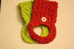 Tales of a Crafty Mommy: Crochet Towel Holder Tutorial