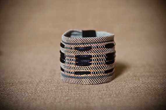 Maria - Handwoven cuff bracelet with copper | Tellalis.com - promoting creativity