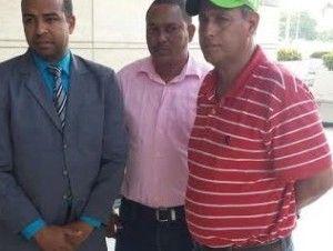 Procuraduría impide entrada de Guanchy Comprés por tener gorra verde