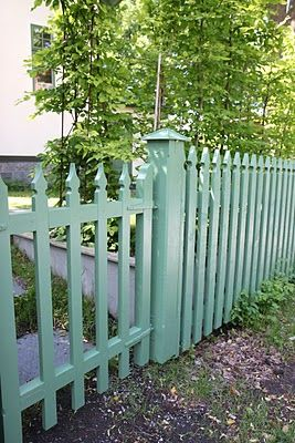 Tankar från Trädgårdsmästarn: Staket för att dölja fula byggelement