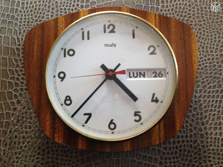 pendule horloge formica maty ann e 60 70 vintage d coration var vintage. Black Bedroom Furniture Sets. Home Design Ideas