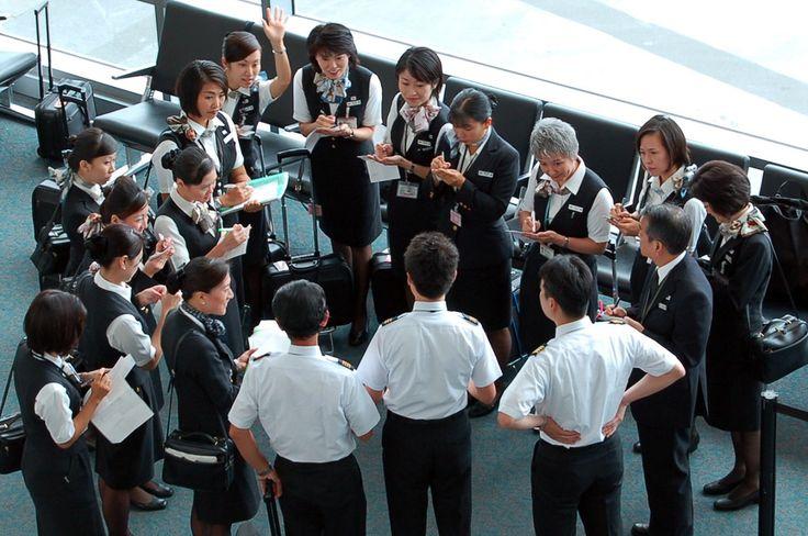 Japan Airlines Flight #01 pre-flight briefing.  SFO 19 Sept 2007.