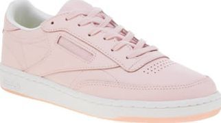 Reebok Pale Pink Club C 85 Womens Trainers Reebok continue their collaboration with FACE Stockholm to create the Club C 85. Arriving in pale pink leather, the colourway is influenced by the cosmetic brands on-trend products. Embroidered brandi http://www.comparestoreprices.co.uk/january-2017-8/reebok-pale-pink-club-c-85-womens-trainers.asp