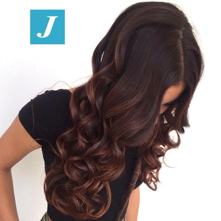 Love at first sight _ Degradé Joelle #cdj #degradejoelle #tagliopuntearia #degradé #igers #musthave #hair #hairstyle #haircolour #longhair #ootd #hairfashion #madeinitaly #wellastudionyc