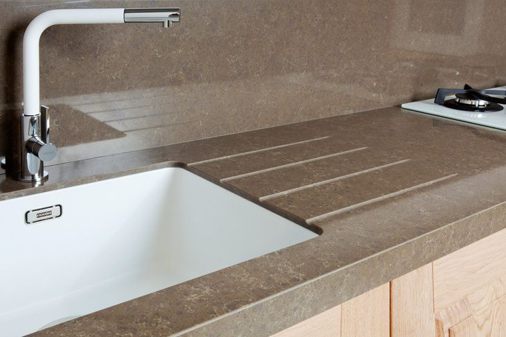 Quartzforms countertop kitchen - veined deco