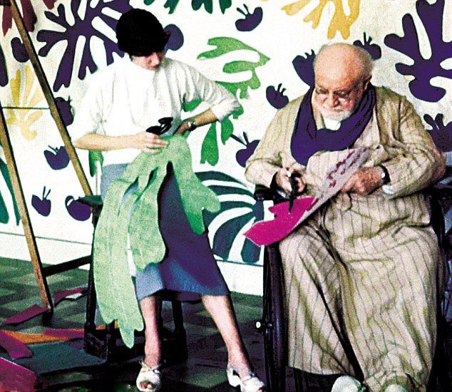 Matisse at work on his Cut-Outs at his home in Nice - 1953 Henri Matisse