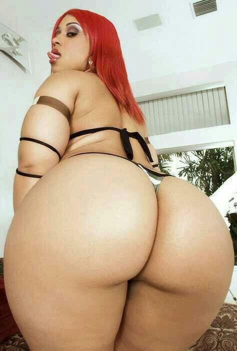Pinky got a big ol butt!!!! Oh yeah!!!!!