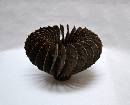 Ursula Morley-Price. Twist form 2013. H. 14 x 21,5 cm.