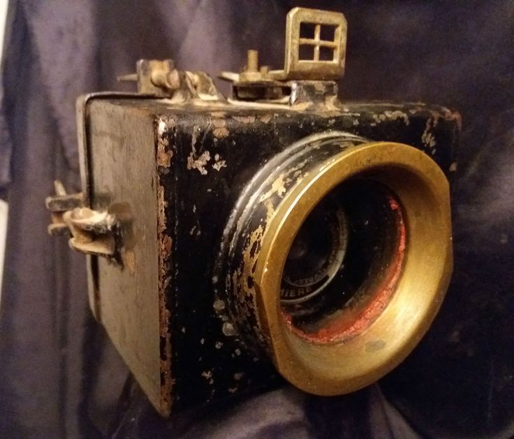 AQUATIQUE APPAREIL PHOTO FRERES LUMIERE Eljy Type 4 c1947 BOITIER ETANCHE METAL