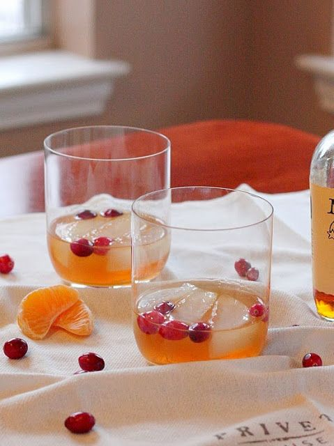 Cranberry Old-Fashioned--a festive spin on a classic cocktail | APPLE ...