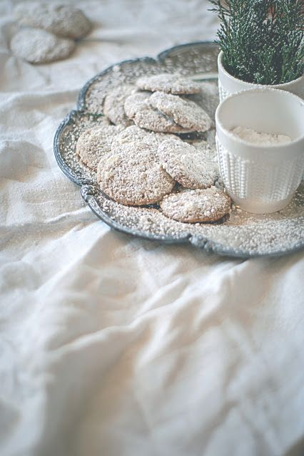 gingerbread biscuits / Agnieszka Krach