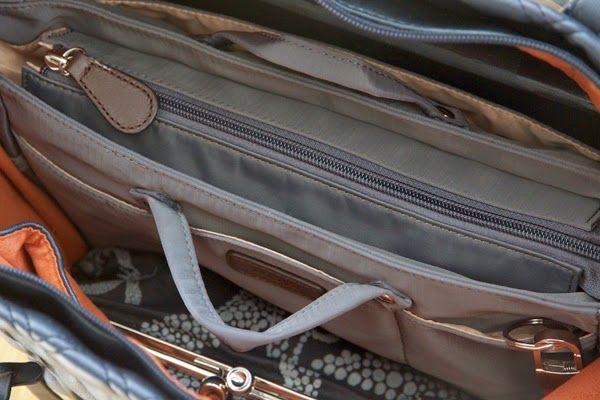 Hella and a glass of wine between: Bag Alma's savior - Insjö bag in bag