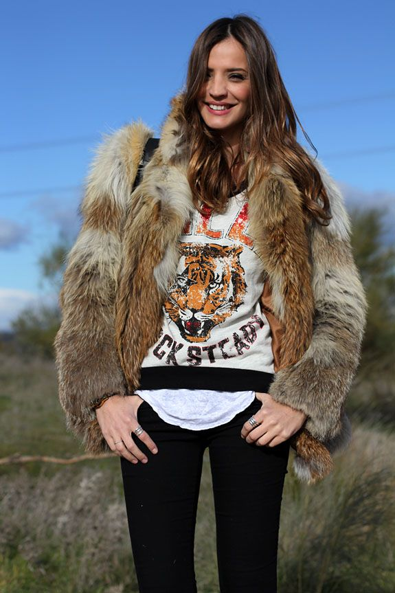 Now that's some serious fur! Lady Addict killing it in a rock chic ensemble for winter.