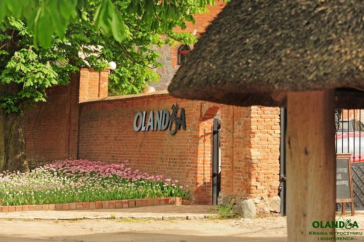 Welcome to Olandia beautiful #tulips before gate http://www.olandia.pl