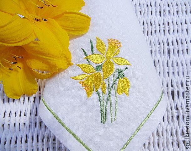 """Купить Салфетки с Вышивкой """"Нарциссы"""". Комплект 6 штук. - белый, нарциссы, весенние цветы, Пасха"""