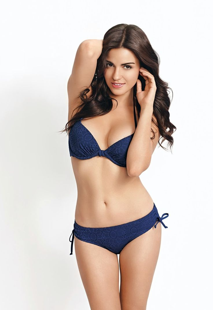 Body inspiration! Not too chubby, not to skinny! Perfection that is Maite Perroni!!!