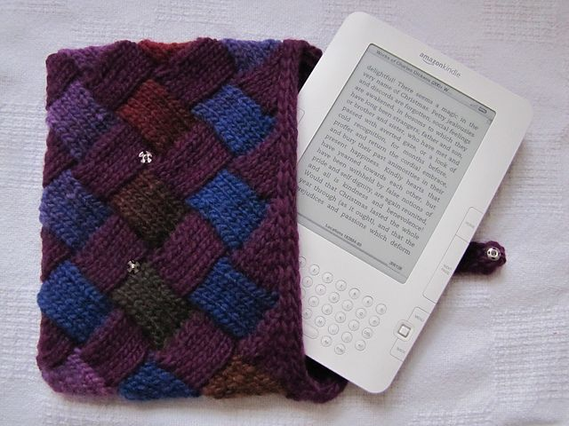 Knit an Entrelac Cozy for Your Old School Kindle: Entrelac Cozy Kindle Cover