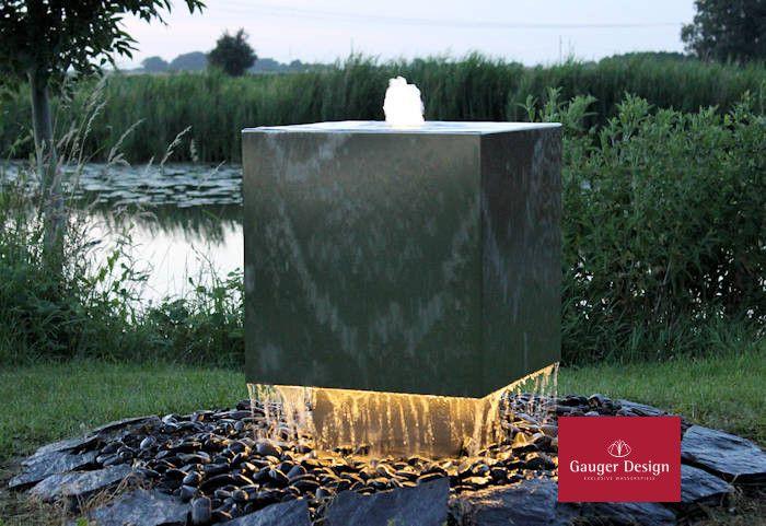 http://www.designer-brunnen.de/Edelstahlbrunnen/edelstahlbrunnen-victoria.htm