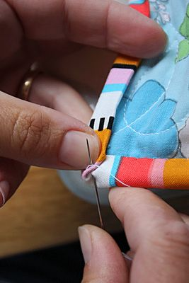Sewing 101 - tutorials on basic techniques like piping, bias, ruffles, zippers, etc.