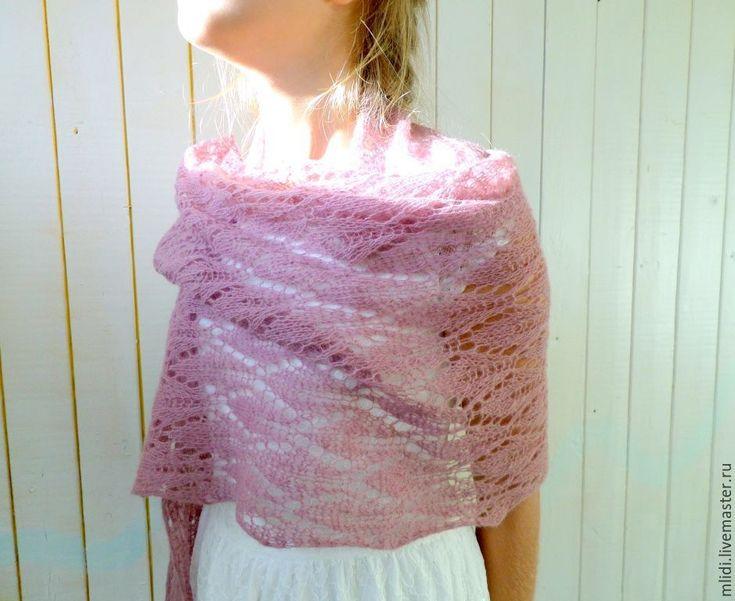 """Купить Кружевной вязаный шарф, вязаный палантин с брошью """" Кружевная дымка"""" - летние аксессуары"""