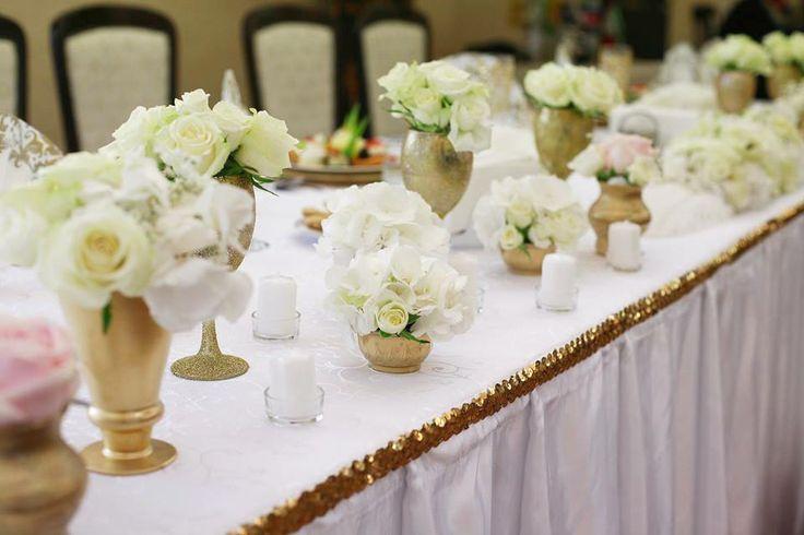 Gatsby sweetheart table details  Photo: Szasz Csilla