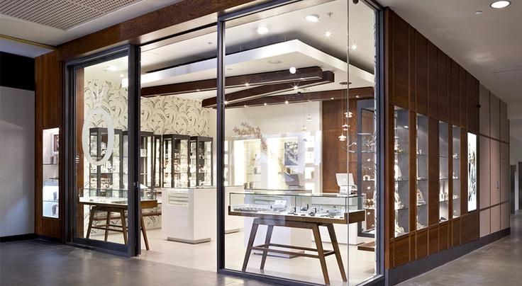 Retail interior design jewellery shop pinterest for Jewellery interior designs