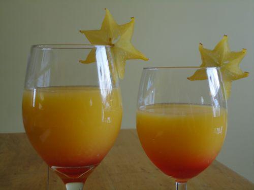 Un petit #jus d'#orange ensoleillé pour demain matin? Bon samedi soir! #recette #déjeuner #enfants #famille