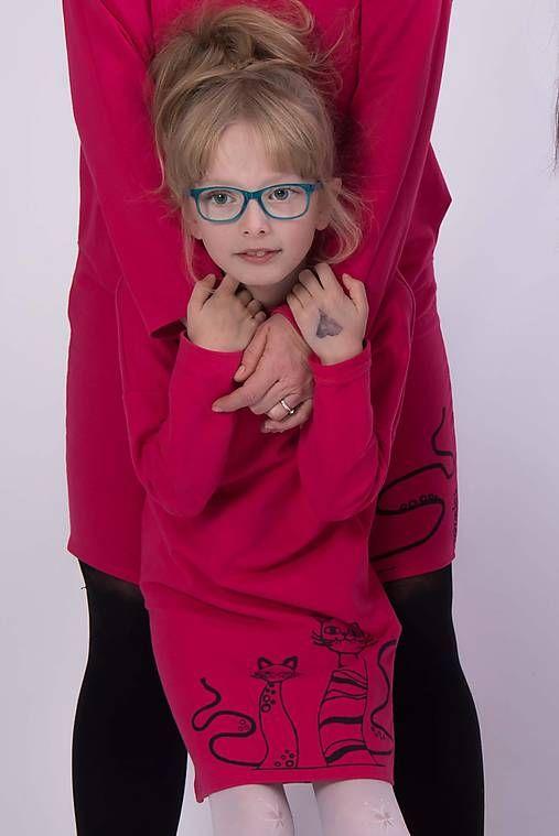 Cyklámenové vreckové šaty cat #detskamoda#jedinecnesaty#handmade#originalne#slovakia#slovenskydizajn#móda#šaty#original#fashion#dress#modre#ornamental#stripe#dresses#vyrobenenaslovensku#children#fashion#rucnemalovane
