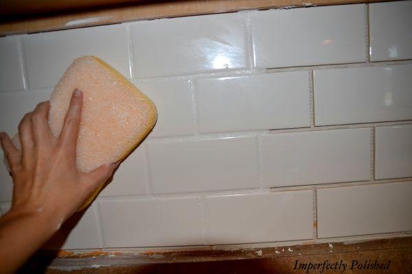 DIY Subway Tile Backsplash...that's what I'm talking about. :)Diy Tutorial, Subway Tile