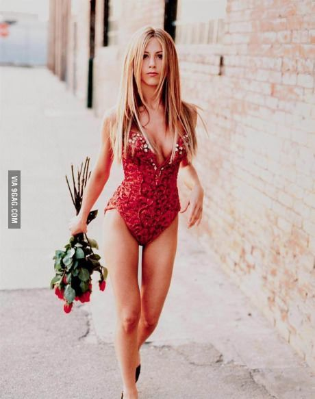 Younger Jennifer Aniston