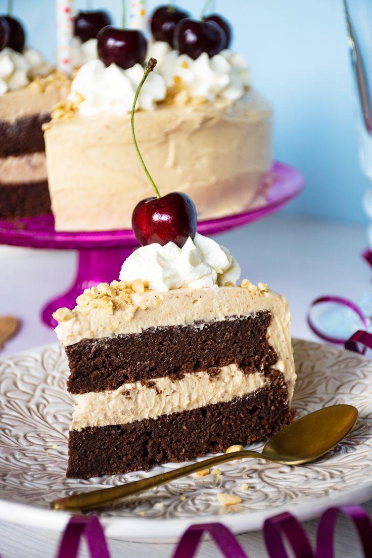 Keto chocolate cake with peanut buttercream Recipe in