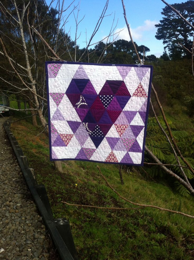 Mini quilt - using Oh Fransson pattern. Forgot to cut the fabric for the borders, so just left them off.