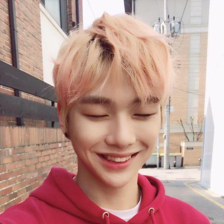 강다니엘 (Kang Daniel)