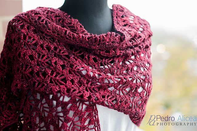 Mist Stole: free crochet pattern. LM, check out Marietta Conradie's board w/ crochet & knitting ideas