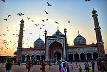 Jama Masjid, Delhi: The largest and best known mosque in India; commissioned by the builder of the Taj Mahal.