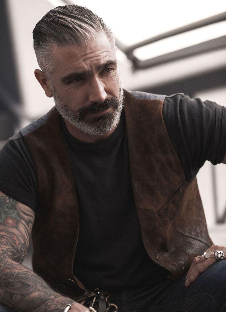 100% Lambskin Leather Front, Pinstripe Buckle Back…