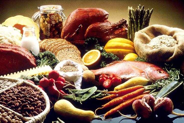 Iată ce spun nutriționiștii despre momentul optim din zi când trebuie să mâncăm următoarele zece alimente:
