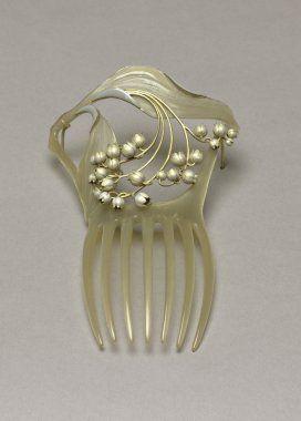 René Lalique pearl comb.