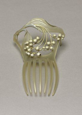 Pearl hair comb, René Lalique