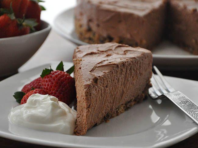 Try this Chocolate Baileys Irish Cream Cheesecake for a summer dessert ...