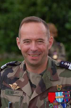 80e Le Colonel Eric Maury Chef de Corps du 2° Régiment de Hussards 2007-2009