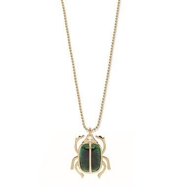 Get the gold-plated dark green scarab for your New Year's Eve party and get the attention of all those you are with! This incredible necklace is a symbol of strenght. #lilou #necklace #scarab #new #years #eve #inspirations