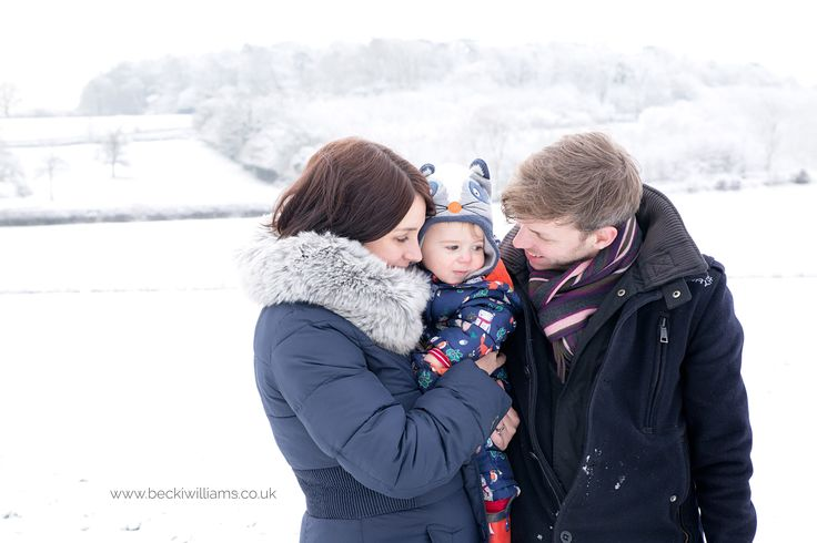 Family Photography in the snow - Great Misesnden, UK  Becki Williams Photography