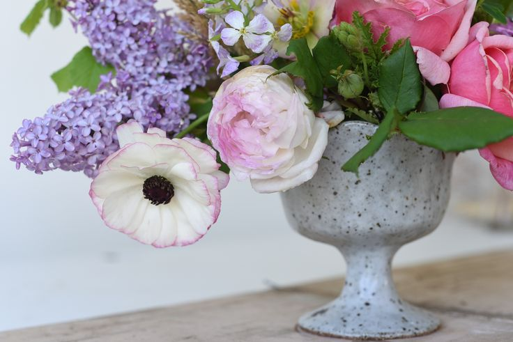 Ranunculus, Columbine, Roses, pink, Lilac, Spring flowers, centrepiece, table flowers, October Wedding