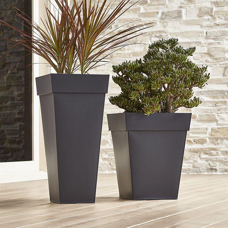 best 25 square planters ideas on pinterest contemporary planters contemporary garden design. Black Bedroom Furniture Sets. Home Design Ideas